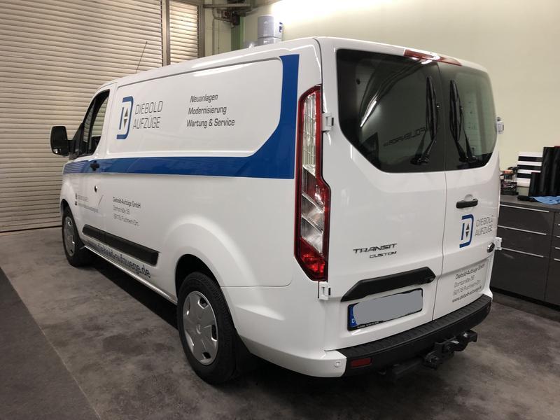 Fahrzeugbeschriftung Ford transit